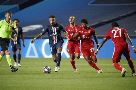 FC Bayern V Paris Saint-Germain