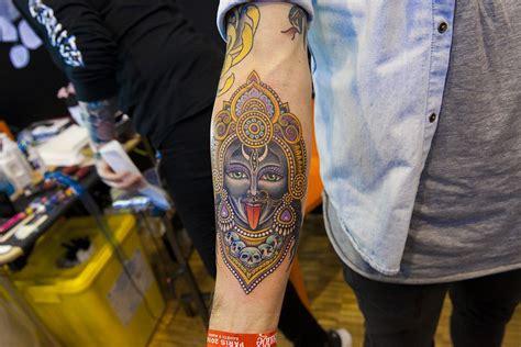 tatouage homme conseils  tendances pour choisir ses