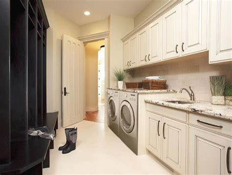 Mud Room & Laundry Storage   Traditional   Laundry Room