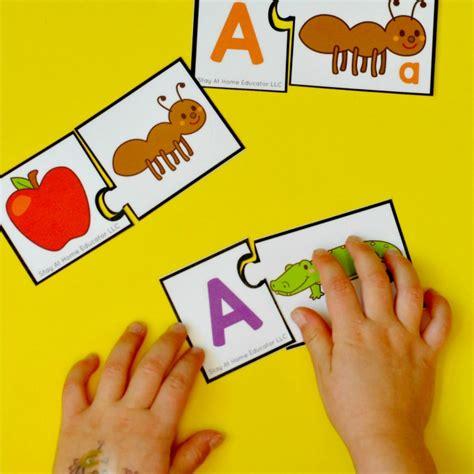 preschool phonics centers 853 | Preschool Phonics Centers Letter matching and beginning sound puzzles.