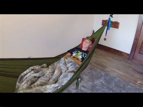 How To Make A Hammock Bed by Why Sleep In A Hammock Instead Of A Bed