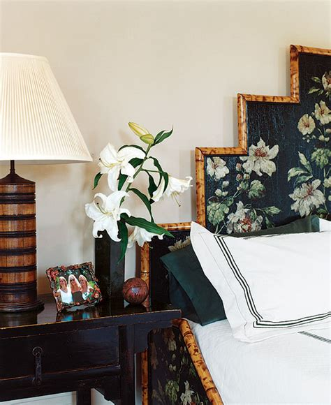 Bedroom Decorating Ideas Arty To bedroom decorating ideas from arty to