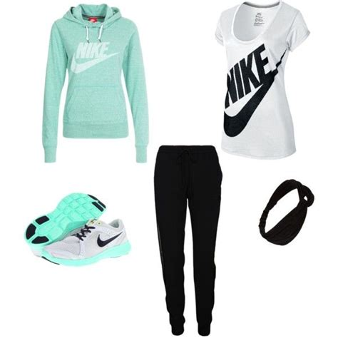Best 25+ Jogging outfit ideas on Pinterest   Tomboy fashion Sport chic and Sport inspiration