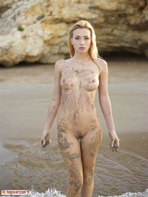 Coxy In Dirty Girl By Hegreart Photos Erotic Beauties