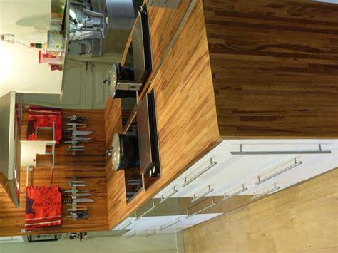 protection plan de travail bois cuisine optez pour un plan de travail en bois massif