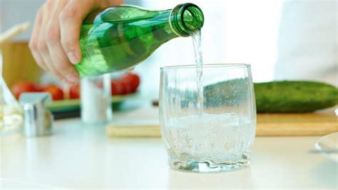 bere acqua dal rubinetto acqua frizzante dal rubinetto di casa finest meglio acqua