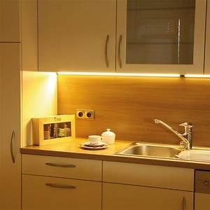Led Leuchte Küche : led unterbauleuchte k che die neueste innovation der innenarchitektur und m bel ~ Whattoseeinmadrid.com Haus und Dekorationen