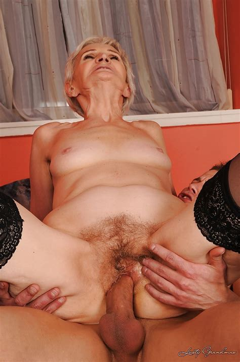 Short Haired Granny In Stockings Gives A Blowjob And Gets