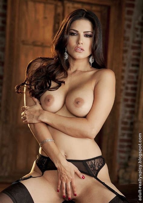 Sunny Leone Nude Latest Photo Shoot Sweet Unknown Girl