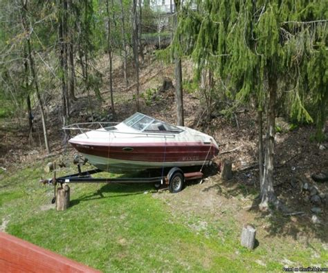 20 Foot Boat With Cabin by 20 Foot Maxum Cuddy Cabin 20 Foot Motor Boat In Airmont