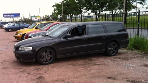 2005 Volvo V70 R Specifications, Pictures, Prices