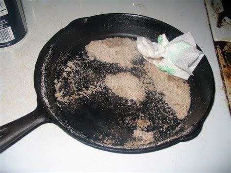 cast iron cleaning 396 best images about cfire cooking on pinterest the dutchess skillets and dutch oven cing