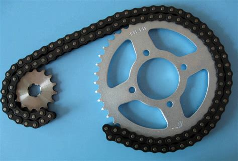 China Motorcycle Sprocket And Chain Set (tvs)