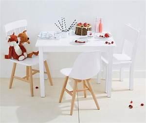 Möbel Für Kinderzimmer : kinderzimmer einrichten m bel f r m dchen kindertisch mit st hlen von vertbaudet kidsroom ~ Indierocktalk.com Haus und Dekorationen
