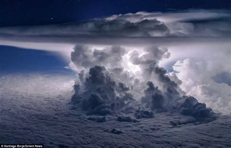 pilot captures incredible apocalyptic  clouds