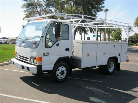 electric truck for sale isuzu npr 2005 isuzu npr service utility truck for