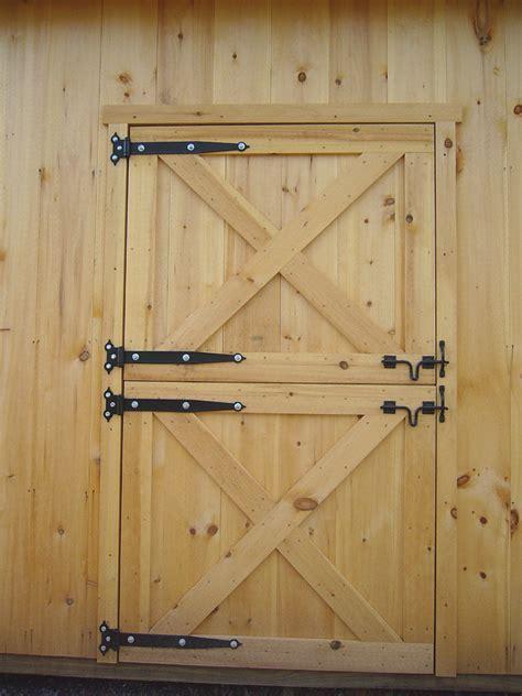 How To Frame A Barn Door by Barn Door Construction How To Build Sliding Barn Doors