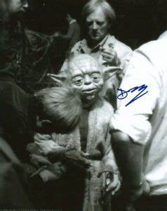 Deep Roy ACTOR STAR WARS YODA autograph, In-Person signed ...