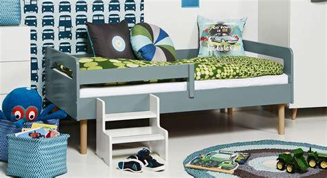 Für Kinderbett by Kinderbett Mit Rolllattenrost In 90x160 Cm Town Retro