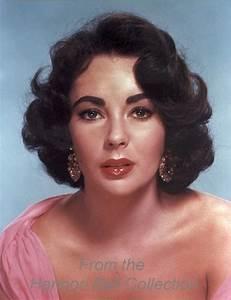How to Apply 1950s Makeup   1950s makeup, 1950s and Makeup