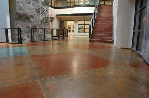enlever tache de ciment sur carrelage 1 675 enlever une tache de colle sur du ciment ou du b 233 ton au naturel