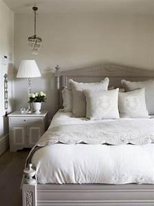 Schlafzimmer Im Landhausstil : die besten 25 schlafzimmer landhausstil ideen auf ~ Michelbontemps.com Haus und Dekorationen