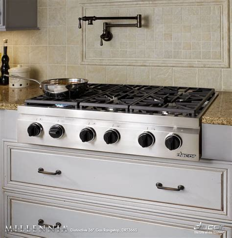 Dacor DRT366SLP 36 Inch Pro Style Gas Rangetop with 6