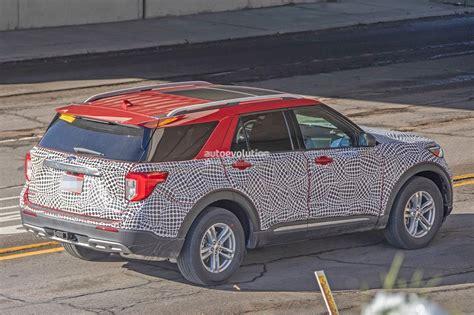 2020 Ford Explorer Looks Plasticky In Most Revealing Spy