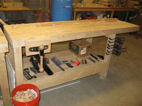 plans  build woodworking bench dog plans  plans