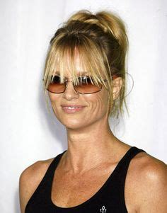 simple hair styles 1000 ideas about grown out bangs on growing 8557