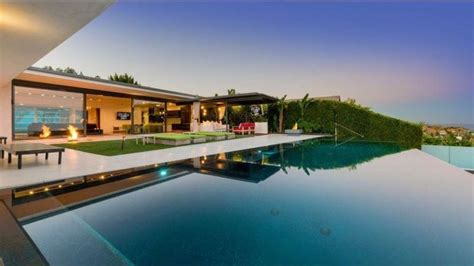 Matthew perry home is located in studio city, ca usa. Matthew Perry Takes $12.5M for Stunning Mid-Century Modern ...