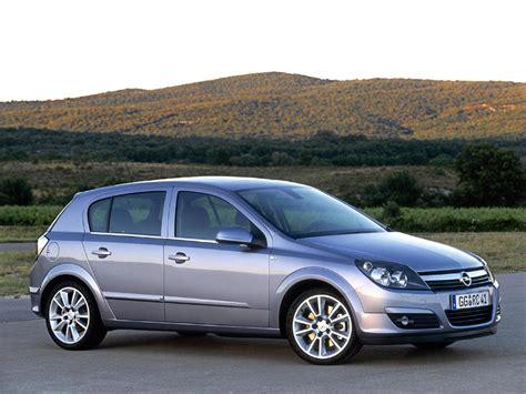 Opel Astra H 1.6   Executive Car Service - Serbia