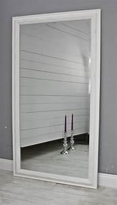 Spiegel Mit Weißem Rahmen : spiegel 132 wandspiegel standspiegel wei holz landhaus holzrahmen badspiegel ebay ~ Indierocktalk.com Haus und Dekorationen