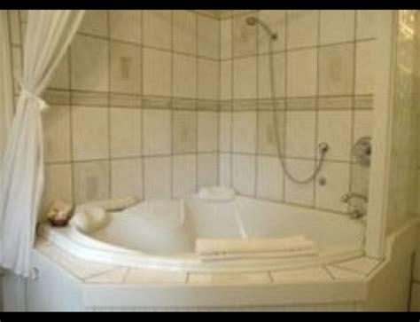 jacuzzi tub bathtub corner tub shower refinish bathtub
