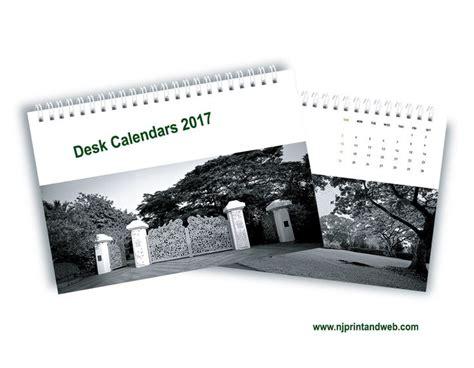 print your own desk calendar the 25 best photo calendar maker ideas on pinterest