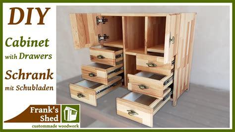 Schrank Mit Schubladen Aus Holz