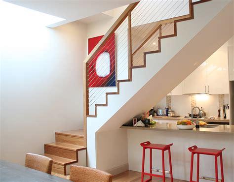 Geländer Treppe Holz by Holz Gel 228 Nder Mit Stahlseilen Auf Fast Freier Holz Treppe