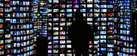 stasera in tv mobile cosa fa stasera in tv ecco l app per la guida ai programmi tv