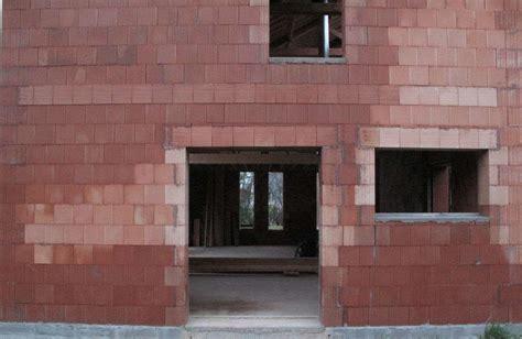 construire sa cuisine en bois prix d un mur en brique monomur au m2