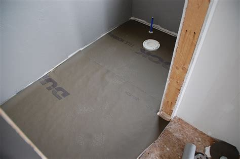good info on installing durock tile membrane from diy diva