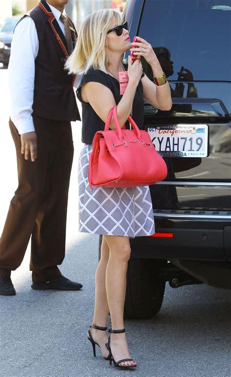 Reese Witherspoon Flaunts Legs Miniskirt Bouchon