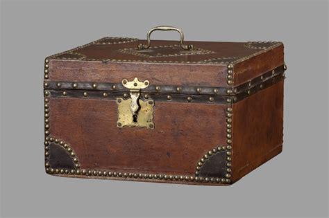 Circa 1810 · Gary Yeaton Antiques