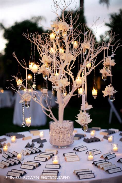 a closer look at the gorgeous seating card table with a