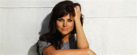 actress kate in white collar tiffani thiessen talks elizabeth burke this season of