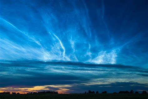 Learn Clouds: Noctilucent clouds, Polar Mesospheric Clouds ...