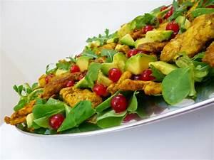 Salade Poulet Avocat : salade de poulet avocats groseilles la recette facile ~ Melissatoandfro.com Idées de Décoration