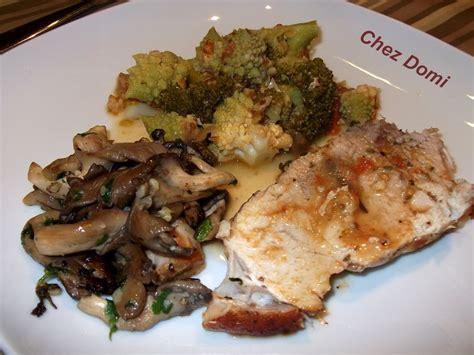 rouelle de porc en cocotte au four pleurottes en persillade brocolis et chou romanesco domi