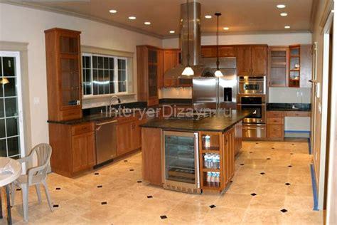 Полы в кухне ламинат или плитка? Особенности эксплуатации Small Floor Standing Bathroom Cabinet White Mosaic Tiles Ideas For Themed Vanities Design Redos Rustic Mirrors Bathrooms