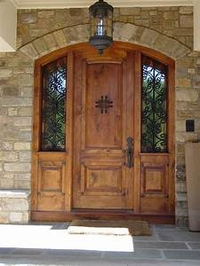 Buying front entry doors tips for you traba homes for Front exterior doors