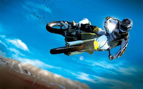 Amazing Motocross Bike Stunt Wallpaper